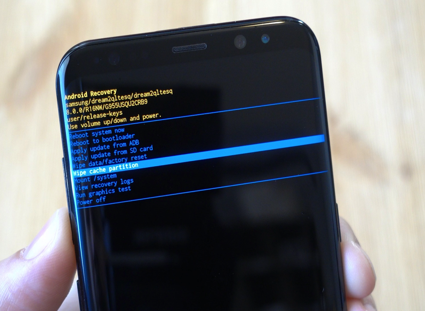 Clear phone cache to fix a hacked android