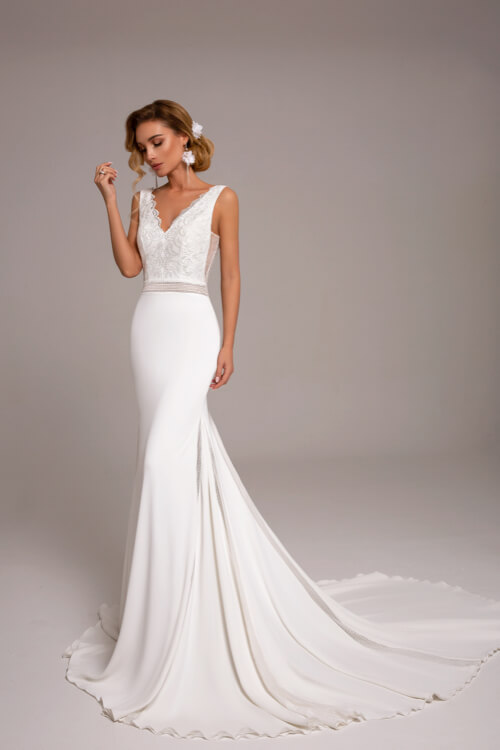 Sexy Wedding Dresses for Hourglass figures