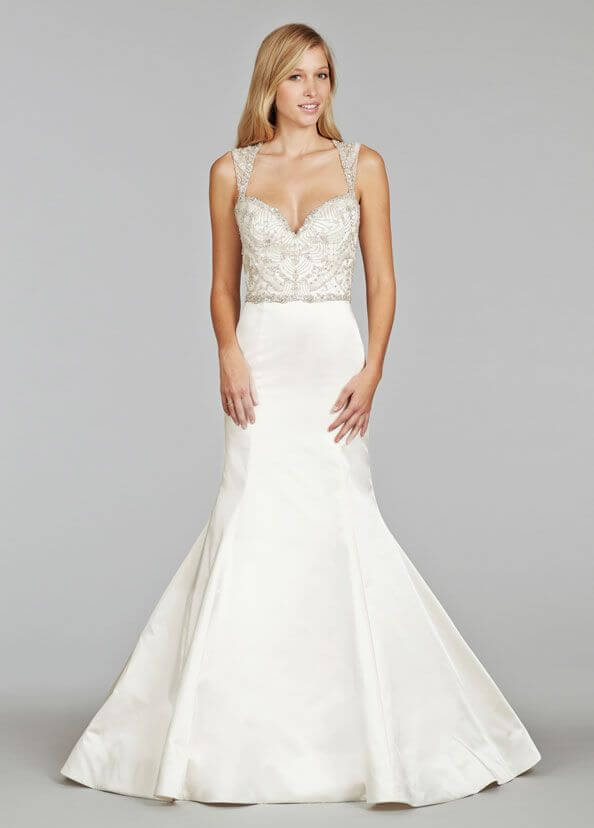 Sexy Wedding Dresses for Athletic Body figures