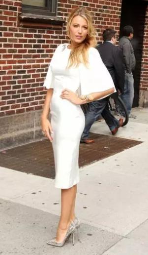 Simple white sheath Dress