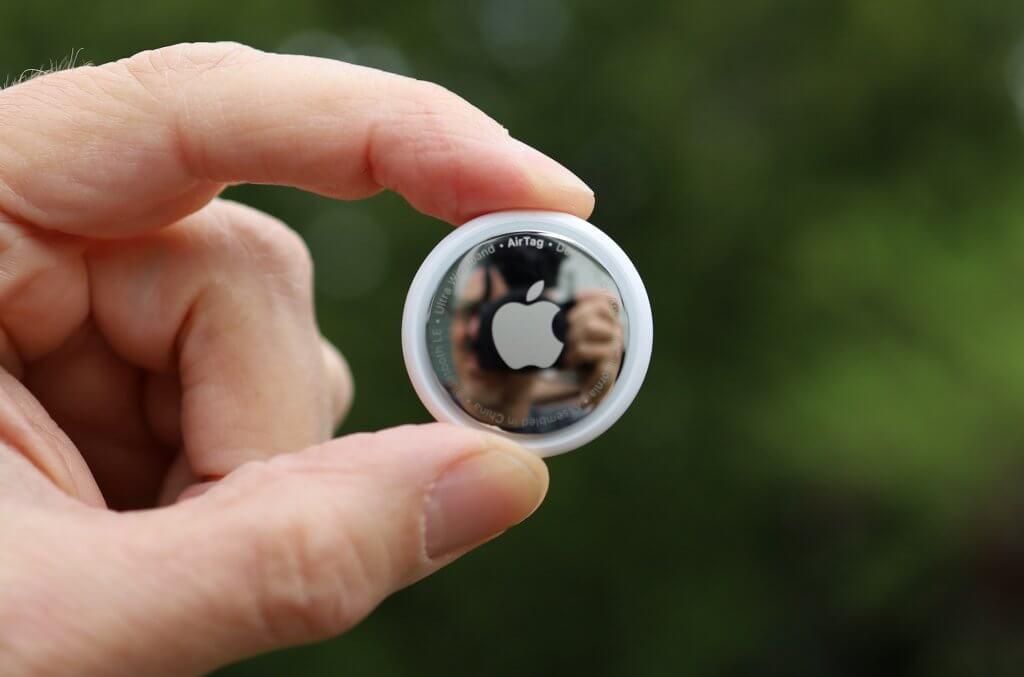Apple AirTag Size