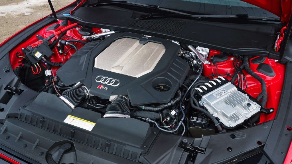 The Audi RS7 engine.