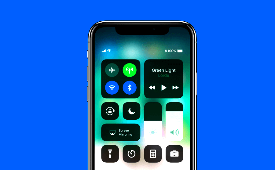See battery percentage using Control Center on Iphone 11