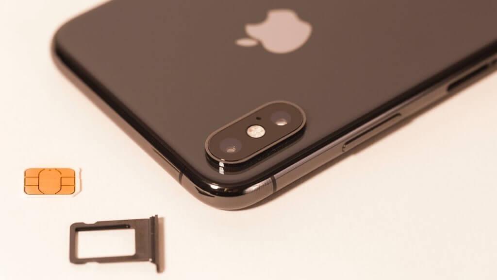 The sim port of Apple iPhone X.
